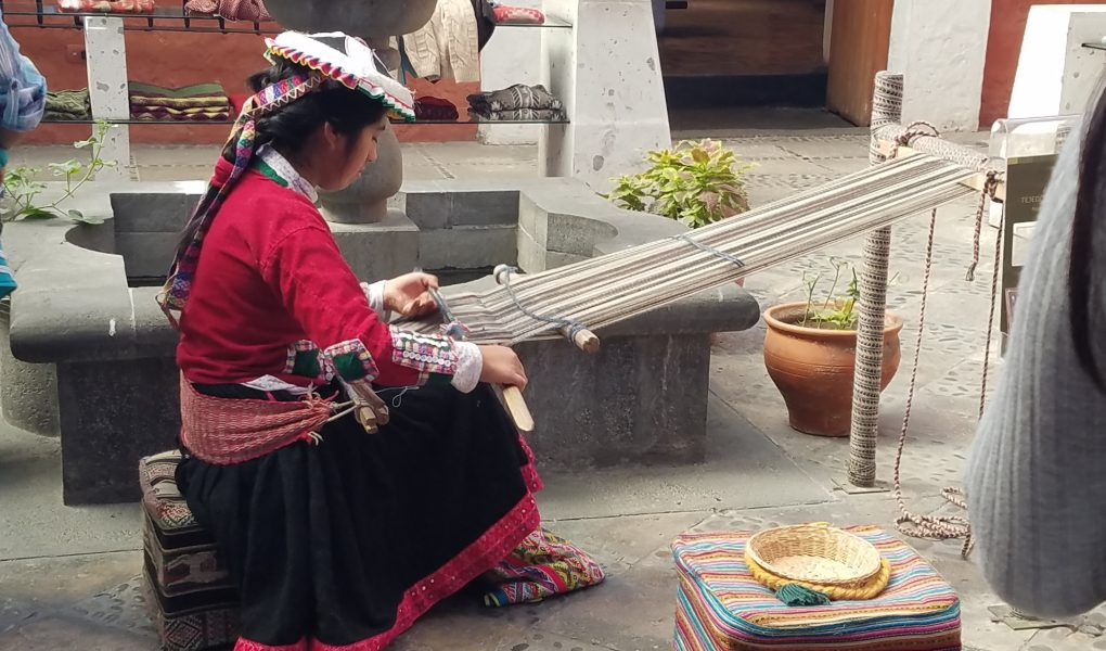 Traditional weaving with alpaca hair